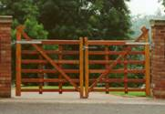 Hardwood Estate Hunting wooden Gates